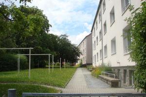 Hof & Grünflächen Löbauer Straße